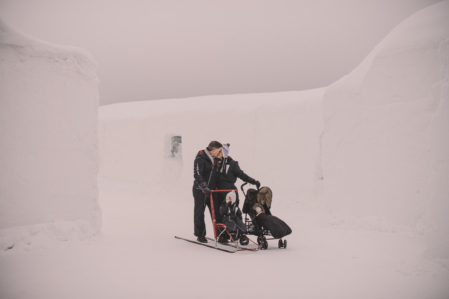 K&J_Icehotel_Weddings_15