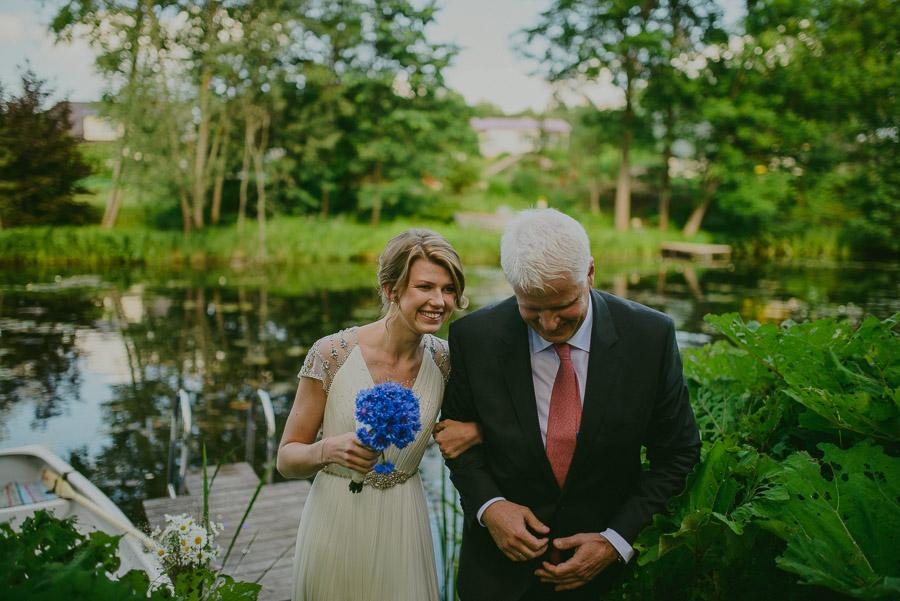 Triin_Marc_backyard_wedding_mait_juriado-13