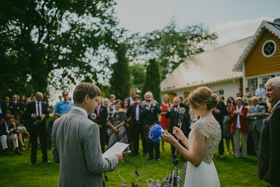 Triin_Marc_backyard_wedding_mait_juriado-19