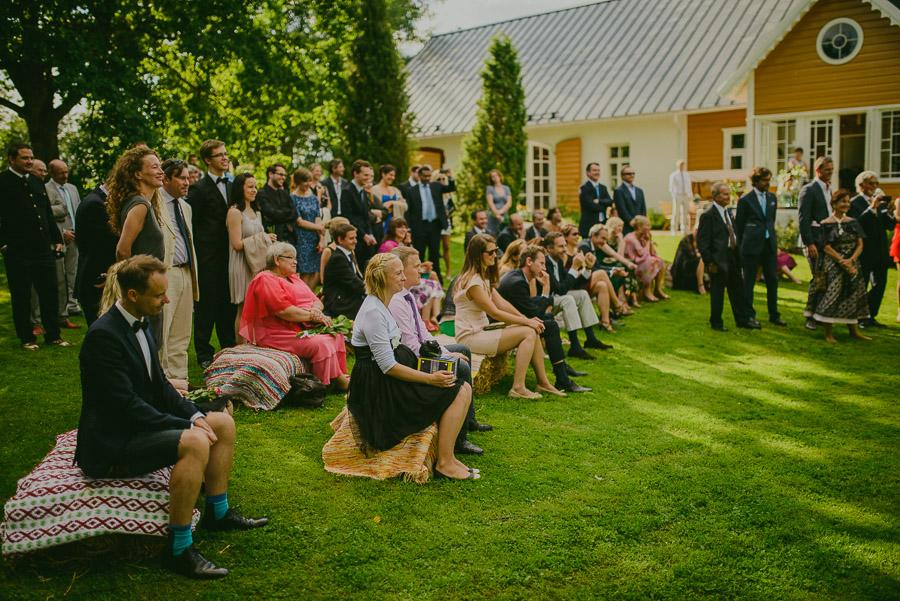 Triin_Marc_backyard_wedding_mait_juriado-24
