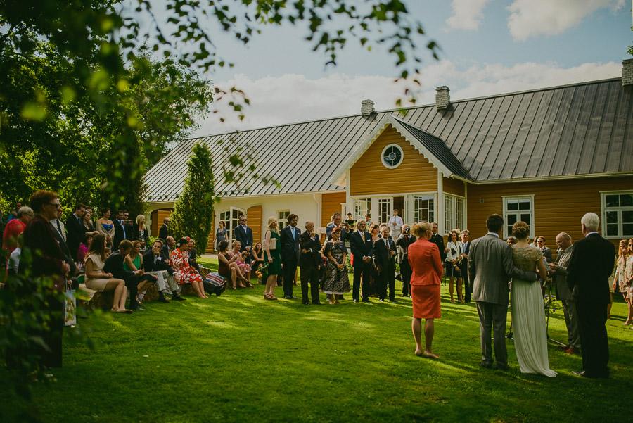 Triin_Marc_backyard_wedding_mait_juriado-25