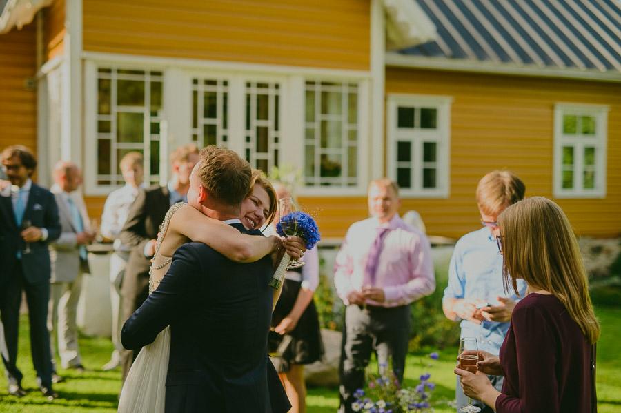 Triin_Marc_backyard_wedding_mait_juriado-32