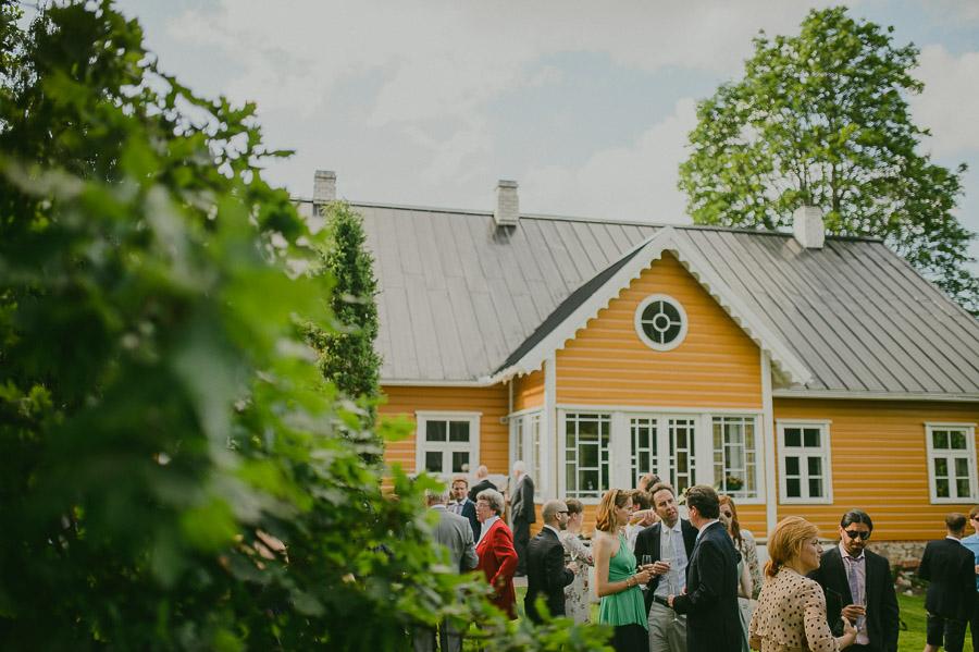 Triin_Marc_backyard_wedding_mait_juriado-33