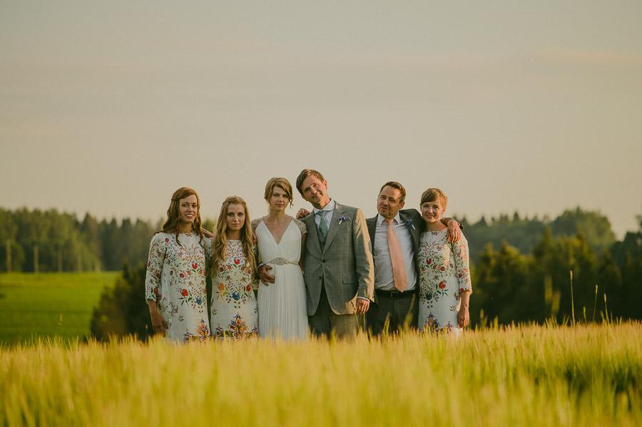 Triin_Marc_backyard_wedding_mait_juriado-45