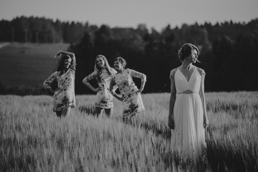 Triin_Marc_backyard_wedding_mait_juriado-48