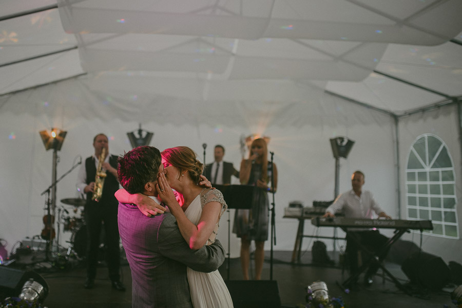 Triin_Marc_backyard_wedding_mait_juriado-67