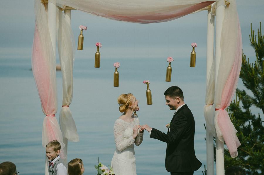 Riina_Angelo_Prangli_Pulm_Wedding_Mait_Juriado_M&J-Studios-094
