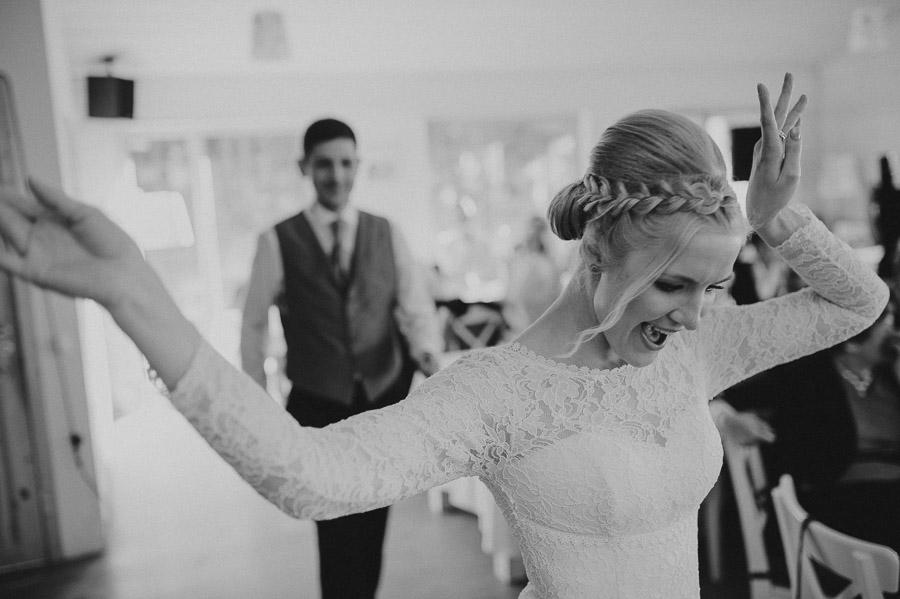 Riina_Angelo_Prangli_Pulm_Wedding_Mait_Juriado_M&J-Studios-127