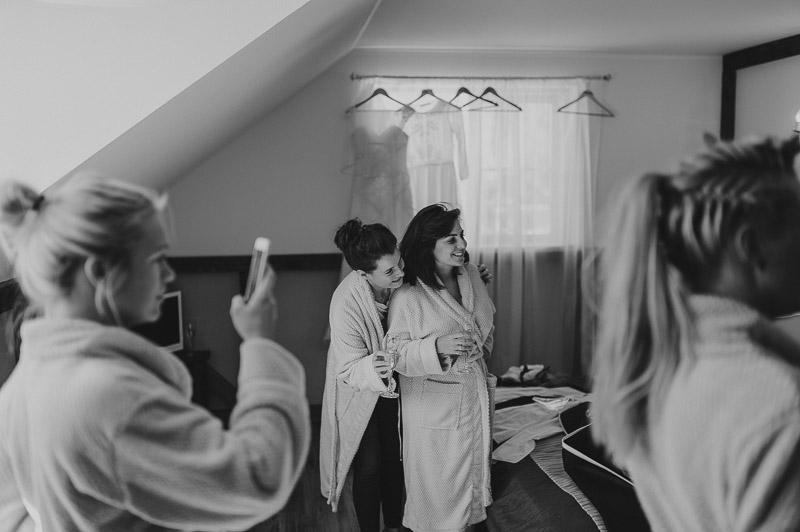 Ann_Julian_wedding_pulm_Kuke_talu_Mait_Juriado_MJ-Studios-07