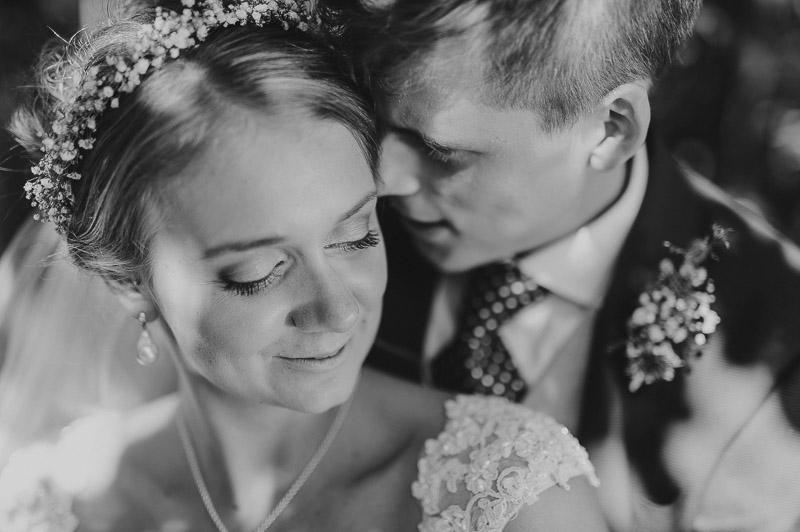 Ann_Julian_wedding_pulm_Kuke_talu_Mait_Juriado_MJ-Studios-21