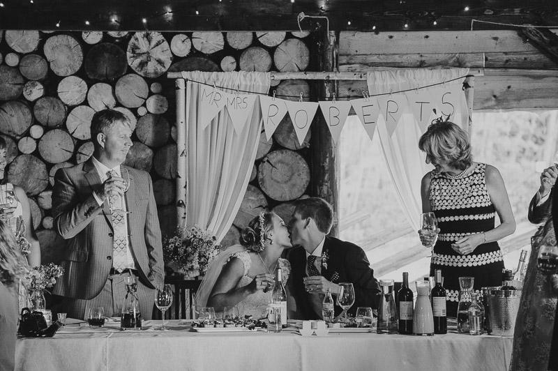 Ann_Julian_wedding_pulm_Kuke_talu_Mait_Juriado_MJ-Studios-51