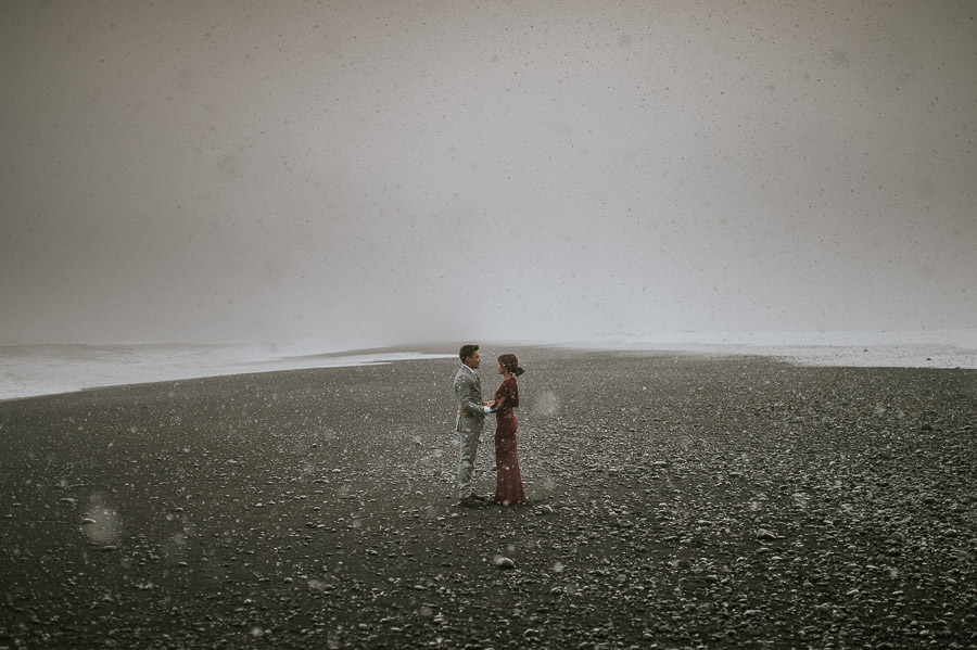 Iceland_engagement_session_weddings_mait_juriado_M&J_Studios-051