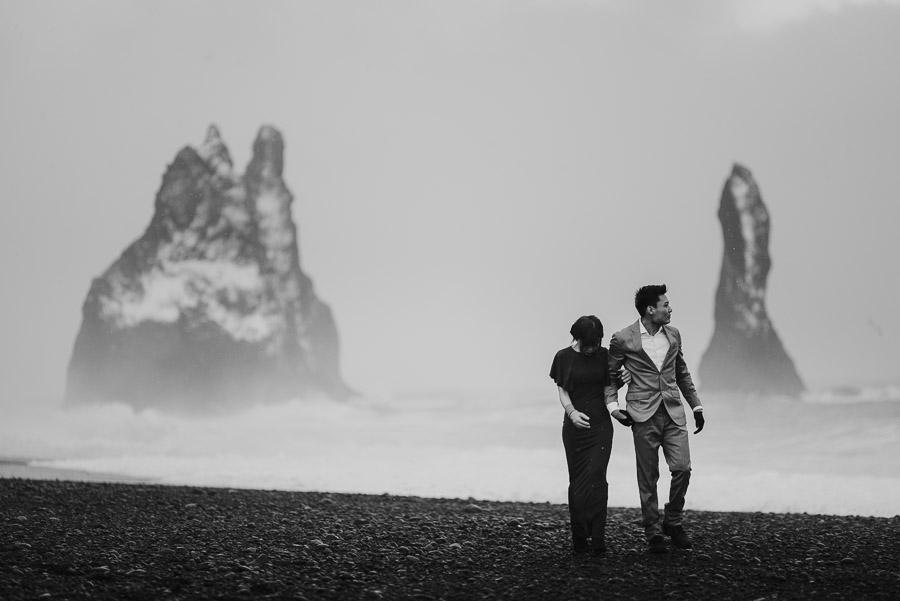 Iceland_engagement_session_weddings_mait_juriado_M&J_Studios-060