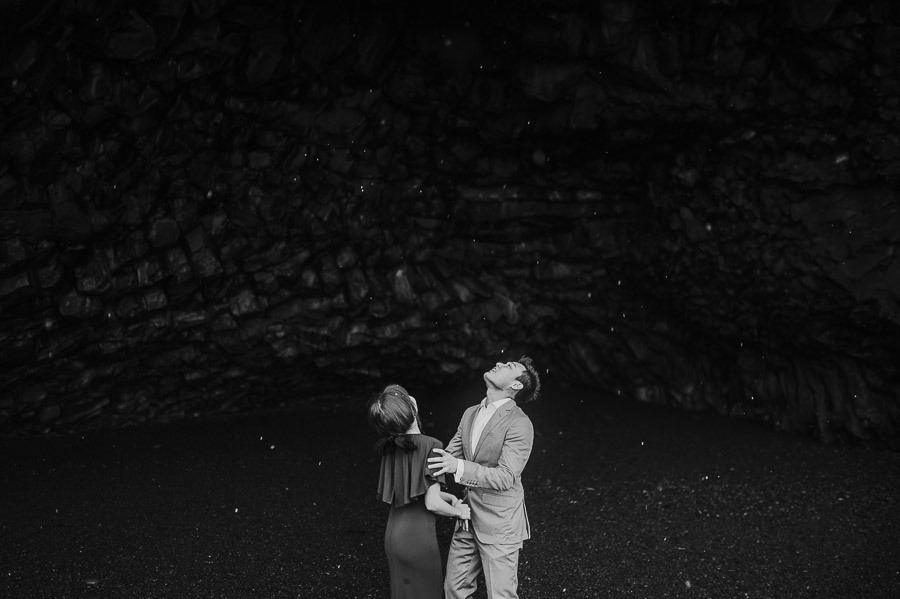 Iceland_engagement_session_weddings_mait_juriado_M&J_Studios-064