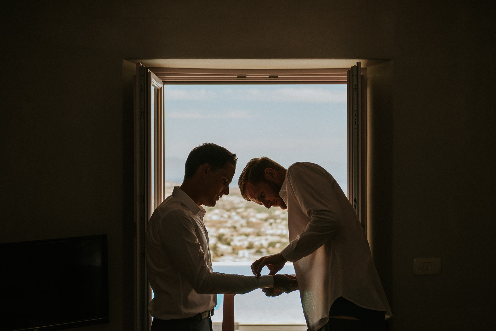 Santorini-Wedding-Photographer-Greece-Destination-Weddings-Mait-Juriado-M&J-Studios-024