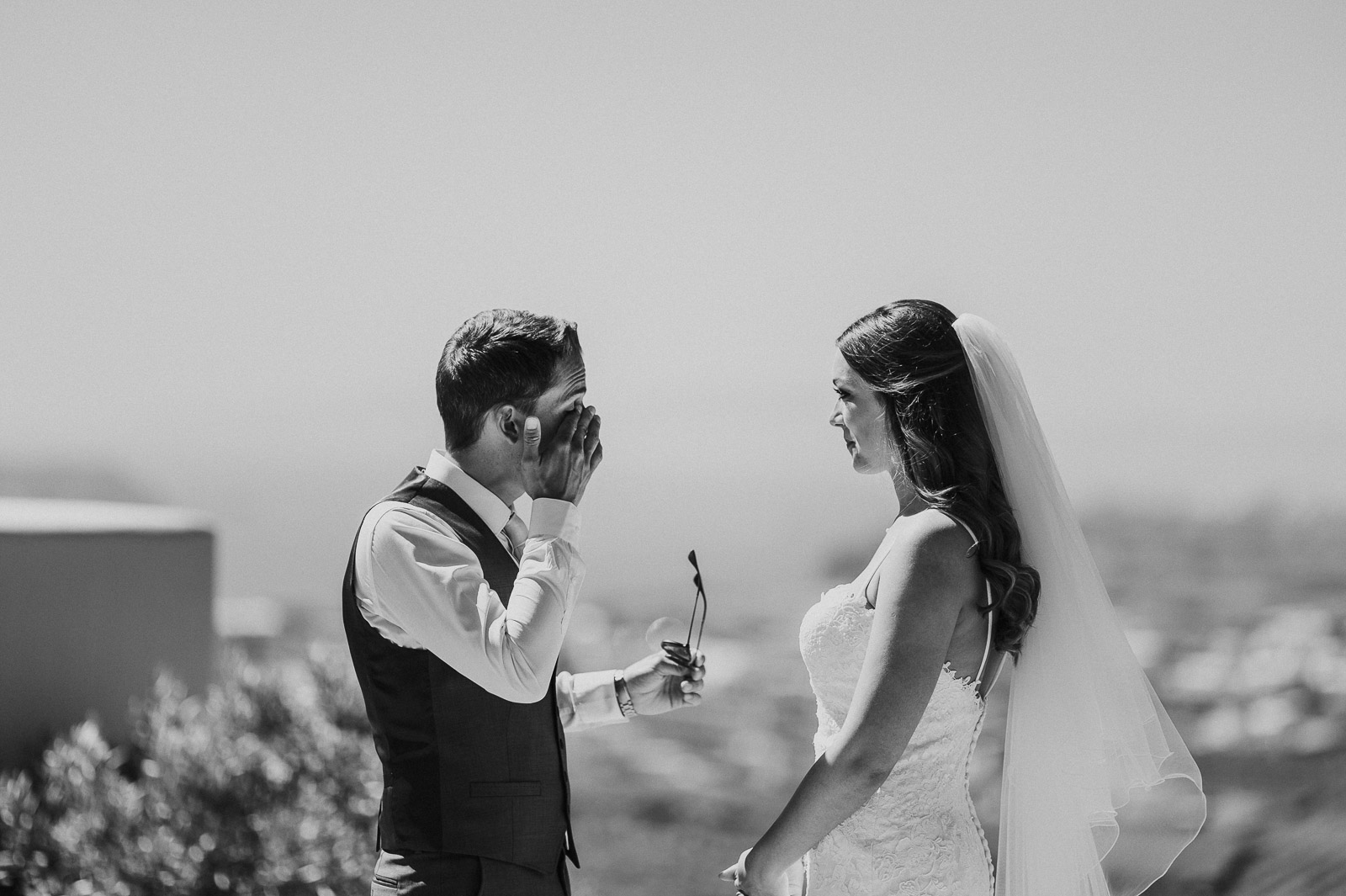 Santorini-Wedding-Photographer-Greece-Destination-Weddings-Mait-Juriado-M&J-Studios-030