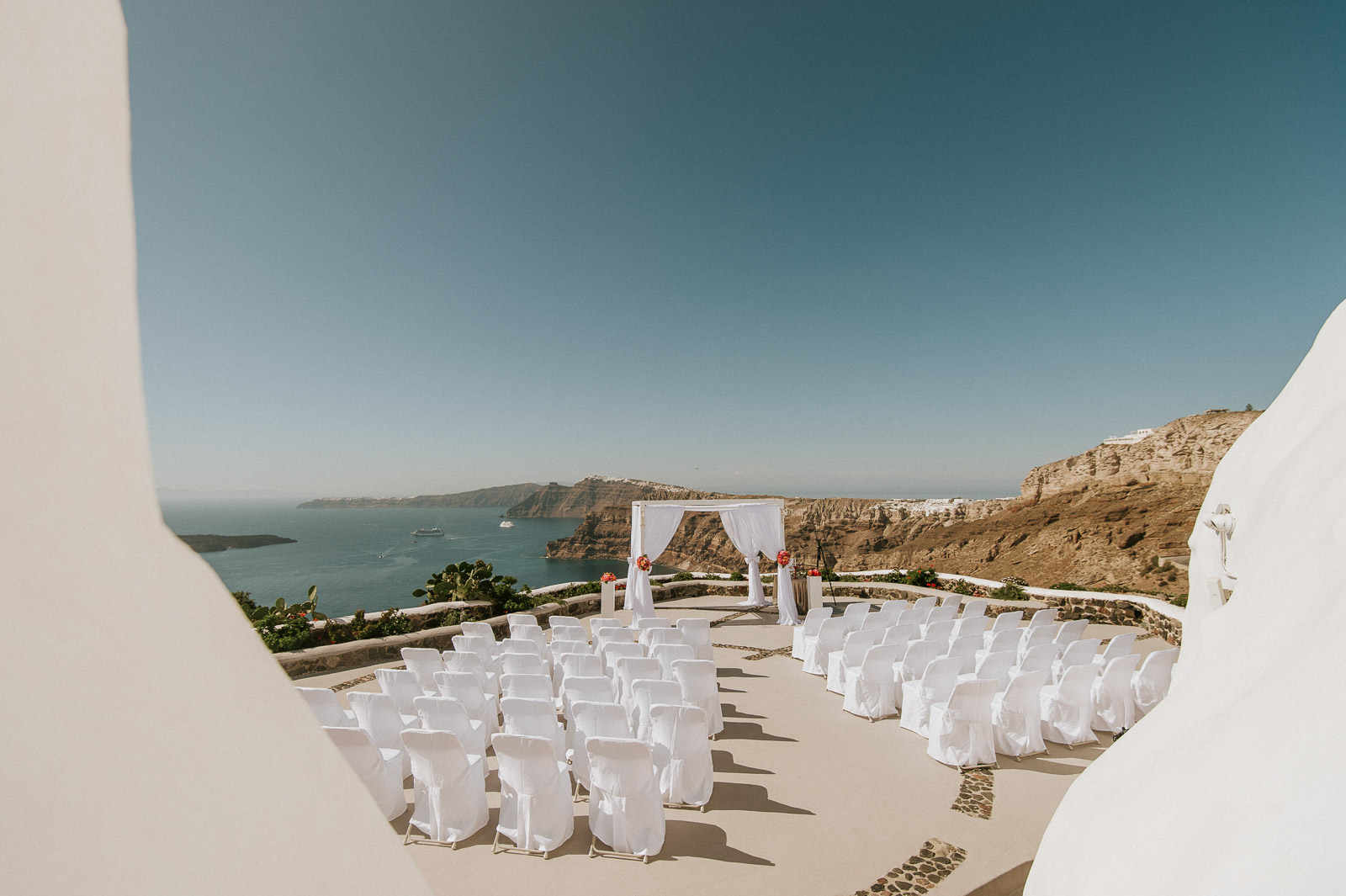 Santorini-Wedding-Photographer-Greece-Destination-Weddings-Mait-Juriado-M&J-Studios-045
