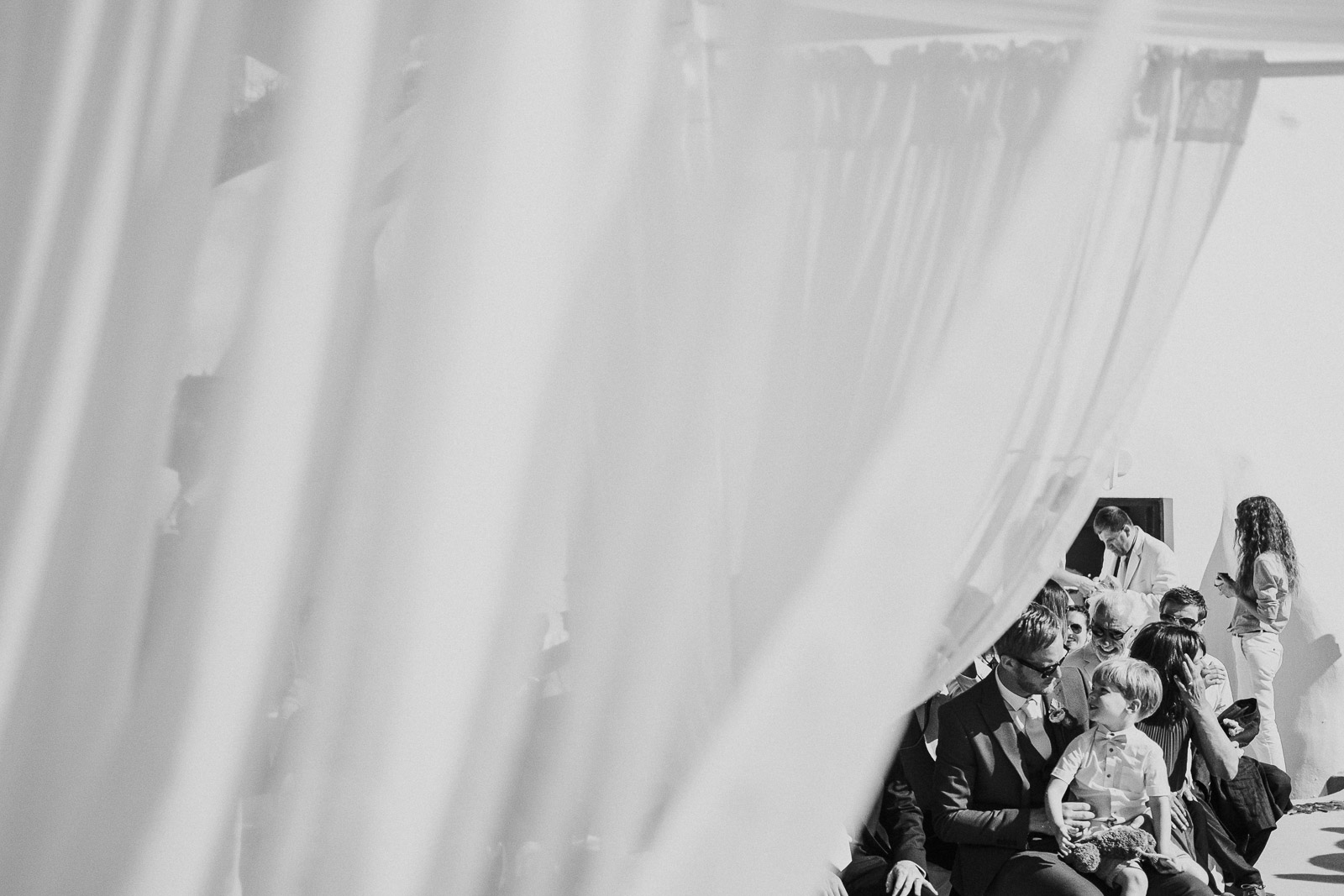 Santorini-Wedding-Photographer-Greece-Destination-Weddings-Mait-Juriado-M&J-Studios-051