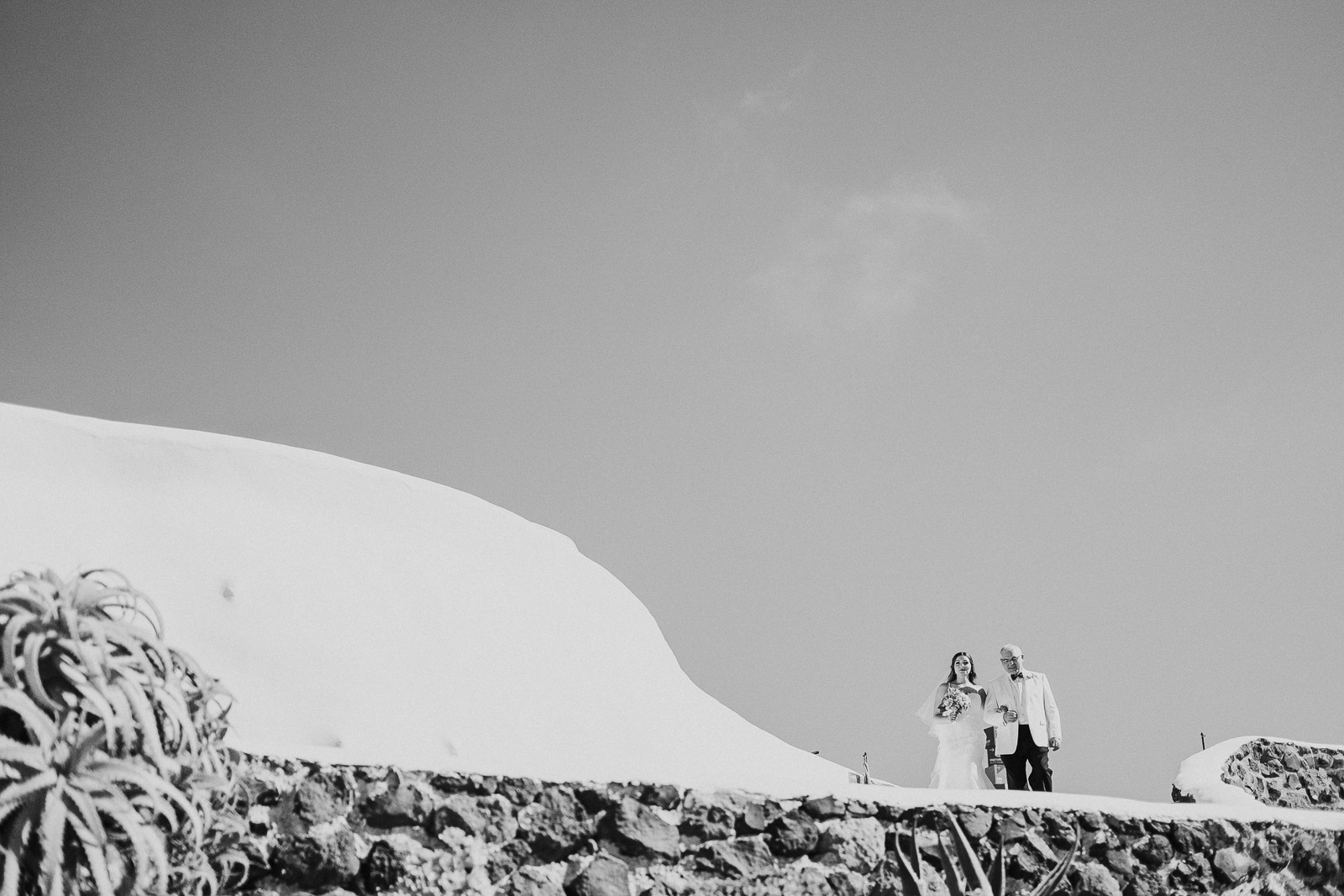 Santorini-Wedding-Photographer-Greece-Destination-Weddings-Mait-Juriado-M&J-Studios-053