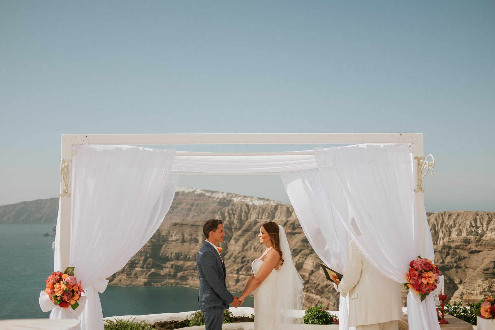 Santorini-Wedding-Photographer-Greece-Destination-Weddings-Mait-Juriado-M&J-Studios-059