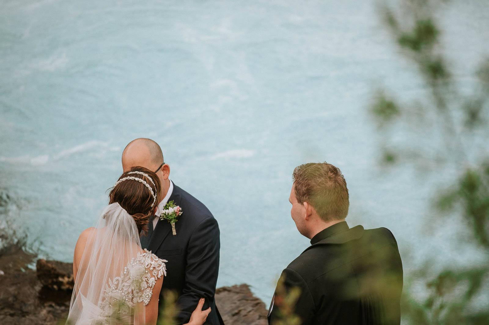 25-iceland-elopement