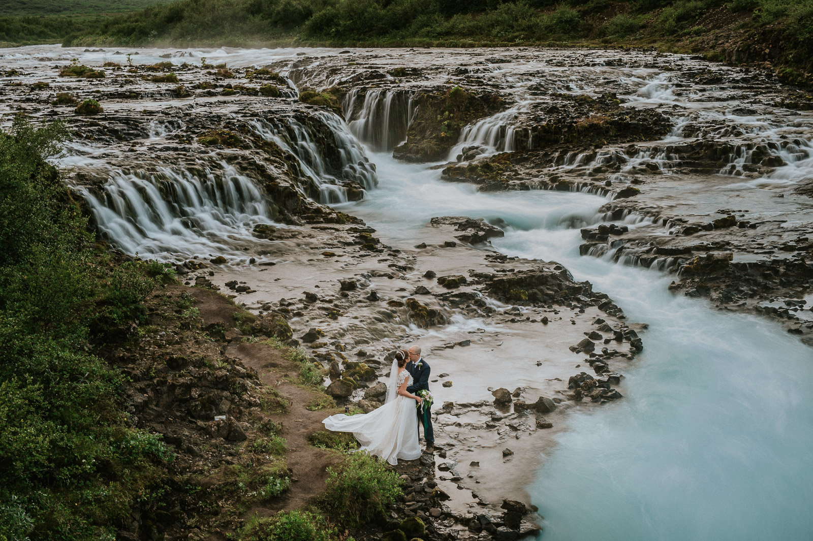 30-iceland-elopement-waterfall-ceremony