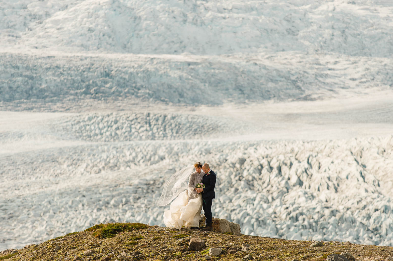 52-iceland-elopement-glacier-lagoon-wedding