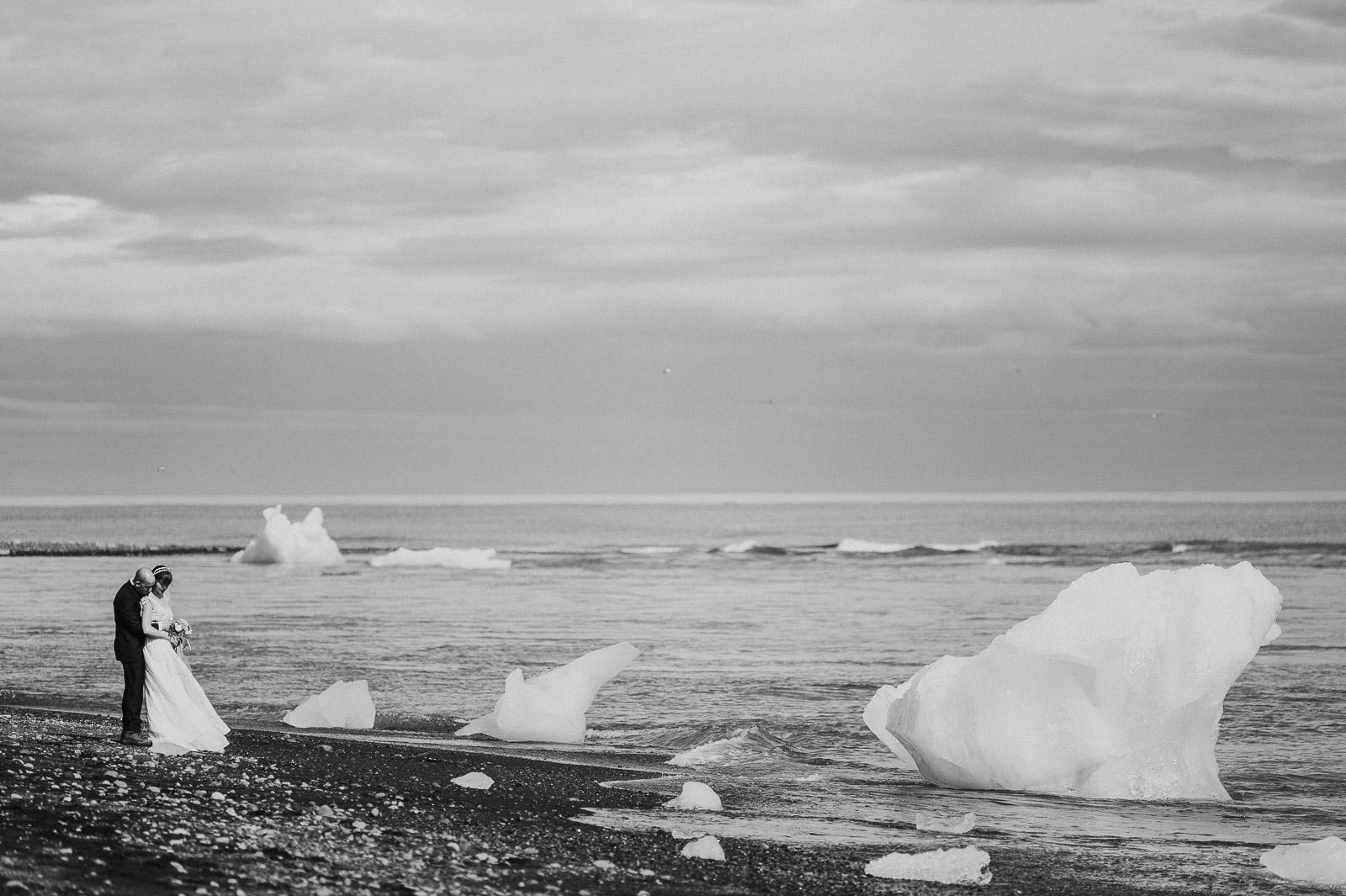58-iceland-elopement-glacier-lagoon-jokulsarlon