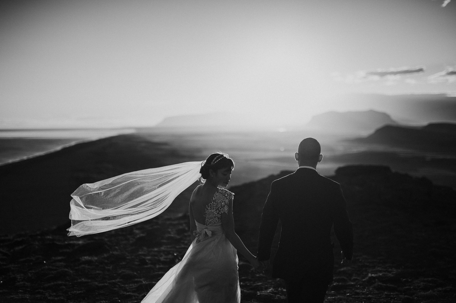 89-iceland-elopement-vik-wedding-black-beach