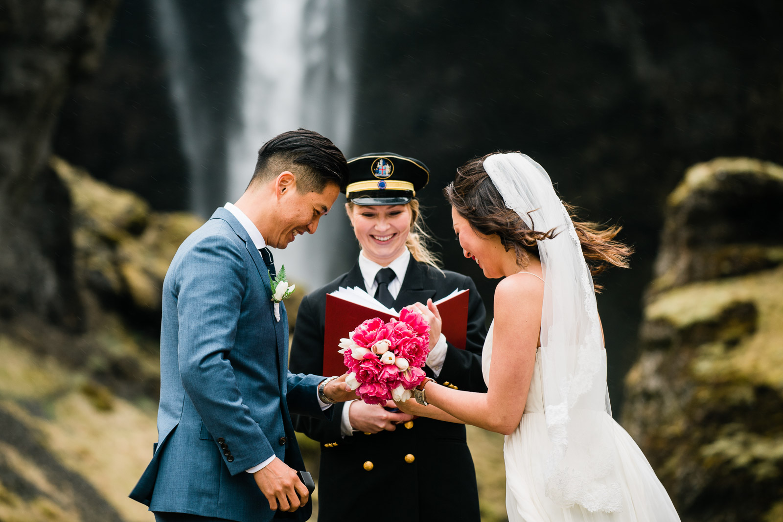 Jackie_Simon_Iceland_Elopement_Weddings_MJ_Studios-10