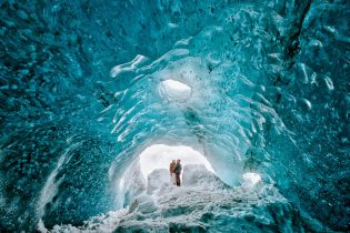 119-Ice-Cave-Iceland-Wedding-Elopement-Photographer-MJ-Studios-Mait-Juriado