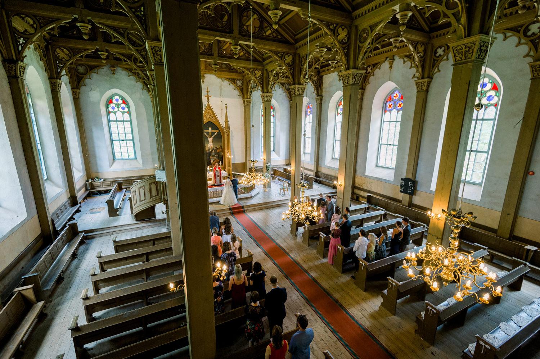 eesti-parim-pulmafotograaf-otepaa-kirik-mait-juriado-mj-studios