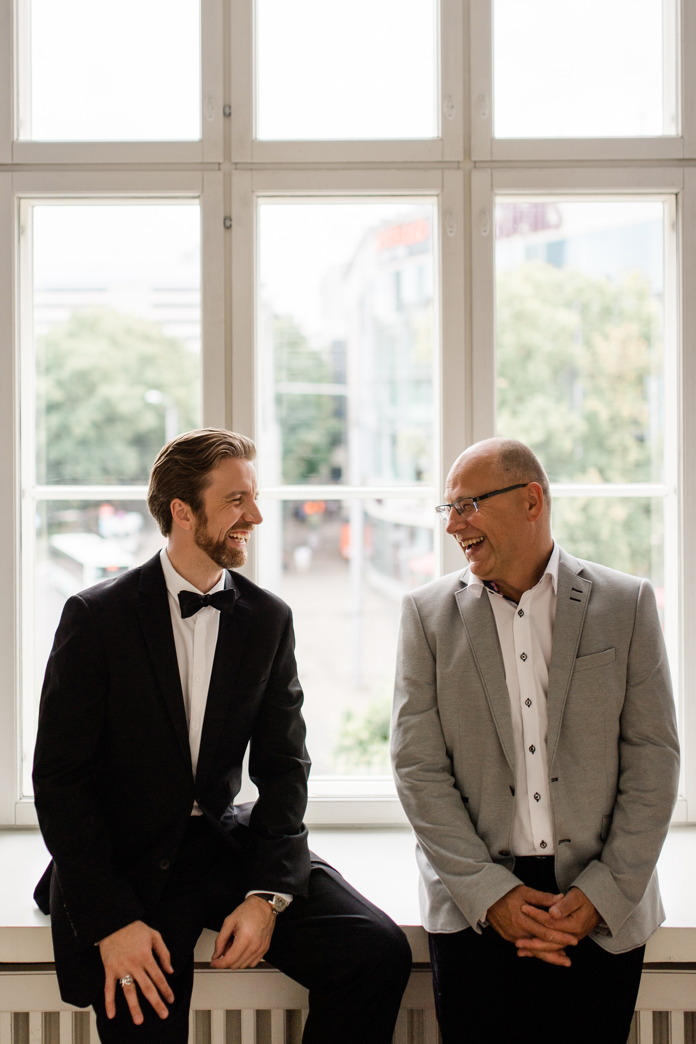 Portrait of Arvo Volmer and Linnar Looris together